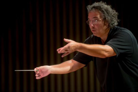 Raffaele Ponti honored by GSO Board prior to final show with orchestra